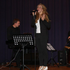 """Feeling Good"" Sabrina Syring (Böchingen) mit Band"